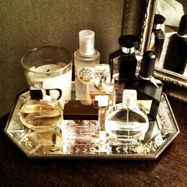 perfume-tray